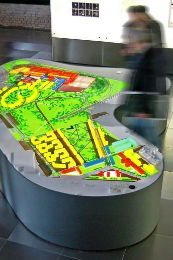 plastico architettura luce modello scala urbanistica volumi foster