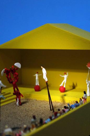 plastico modello architettura teatro urbano abitato colori