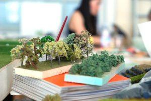 plastico modello architettura paesaggio urbano in lavorazione